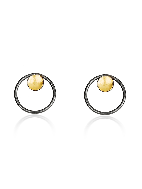 Stud earring black and gold