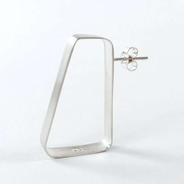 Single silver stud earring