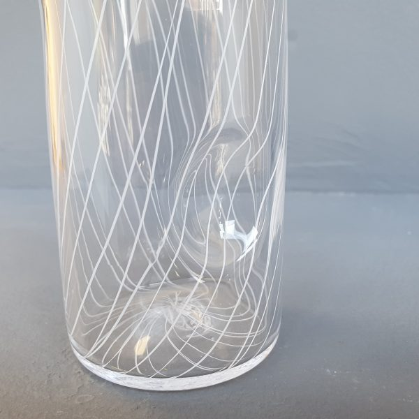 Glass pouring cylinder